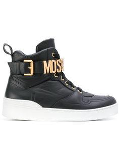кроссовки с пряжкой-логотипом Moschino