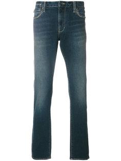 джинсы с потертым эффектом John Varvatos