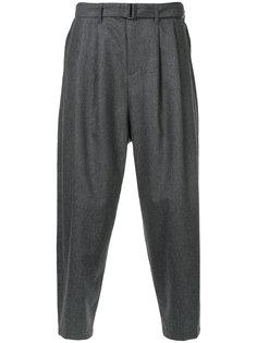 брюки с заниженной проймой Kazuyuki Kumagai