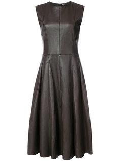 кожаное расклешенное платье без рукавов Adam Lippes