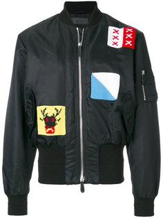 куртка бомбер с нашивками JW Anderson