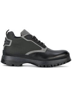 кроссовки с сетчатыми и кожаными панелями Prada