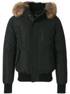 куртка бомбер с капюшоном и мехом енота Mackage