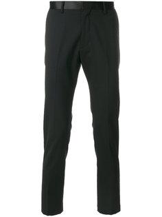 брюки строгого кроя Low Brand