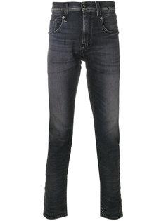 джинсы с выцветшим эффектом R13