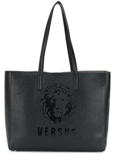 сумка-тоут с принтом логотипа Versus