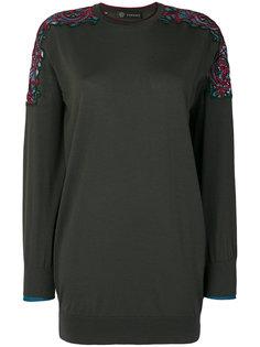 топ с вышивкой на рукавах Versace