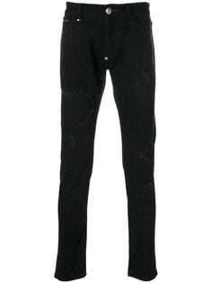 джинсы с рваными нашивками Philipp Plein