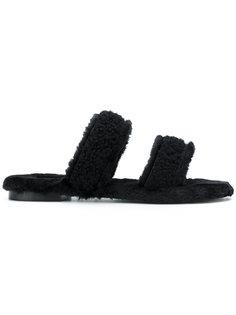 сандалии с двумя ремешками с отделкой из овечьего меха Avec Modération
