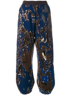 присборенные брюки с камуфляжным принтом  Boboutic