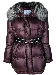 пуховое пальто с капюшоном Prada