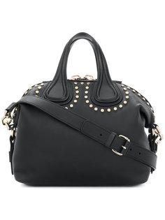 сумка-тоут Antigona с заклепками Givenchy