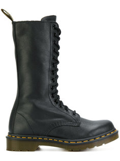 ботинки на шнуровке Dr. Martens