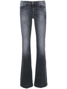 слегка расклешенные джинсы 7 For All Mankind