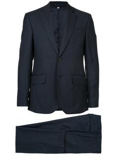деловой костюм Hardy Amies