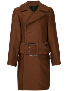 пальто с поясом Maison Mihara Yasuhiro