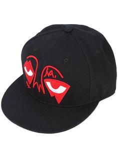 кепка с вышивкой Eye Ball  Haculla