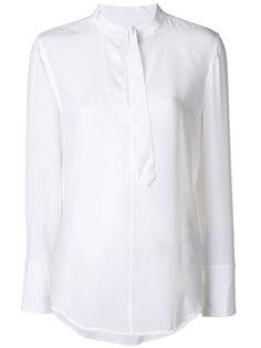 блузка с пряжкой на воротнике  Equipment