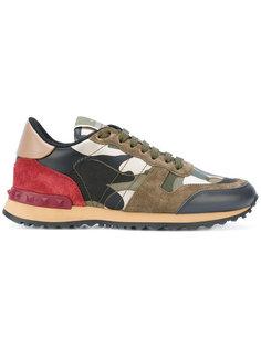 камуфляжные кроссовки Valentino