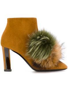 ботинки с помпонами из лисьего меха Pollini