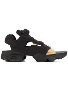 сандалии в спортивном стиле Reebok