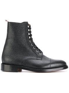 ботинки на шнуровке с зернистой фактурой кожи Thom Browne