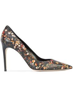 туфли с заостренным носком  Dsquared2