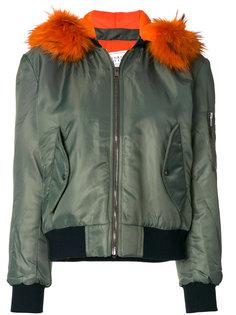куртка-бомбер с капюшоном и мехом енота  Forte Couture