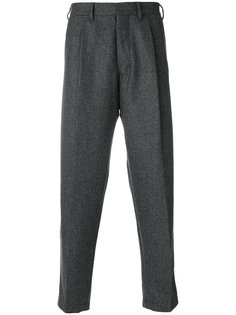 зауженные к низу укороченные брюки The Gigi