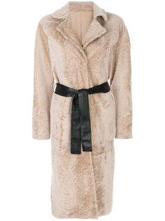пальто с кожаным ремнем Drome