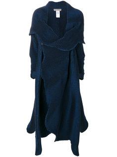 расклешенное трикотажное пальто Issey Miyake