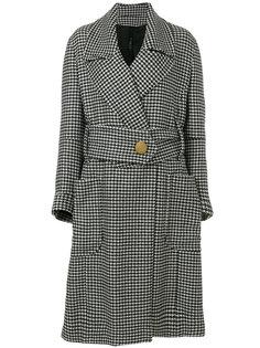 пальто в ломаную клетку с широким поясом Petar Petrov