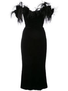платье с отделкой перьями  Marchesa