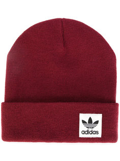 шапка с нашивкой логотипа Adidas
