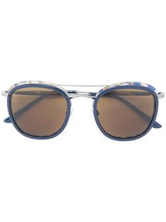 массивные солнцезащитные очки с затемненными линзами Giorgio Armani