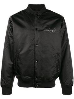 куртка-бомбер с принтом New Era Yohji Yamamoto