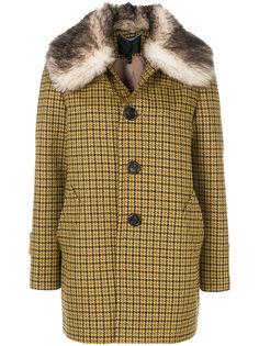 однобортное пальто с меховой отделкой  Marc Jacobs