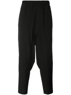 брюки мешковатого кроя Issey Miyake