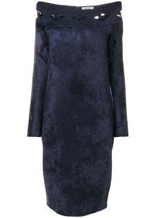 приталенное платье с открытыми плечами D.Exterior