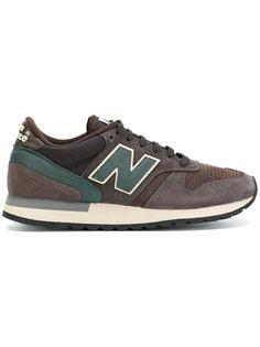 панельные кроссовки New Balance