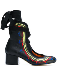 туфли-лодочки с вышивкой Miahatami