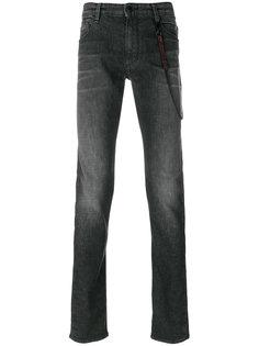 джинсы с цепочкой Emporio Armani