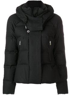 дутая куртка  Peuterey