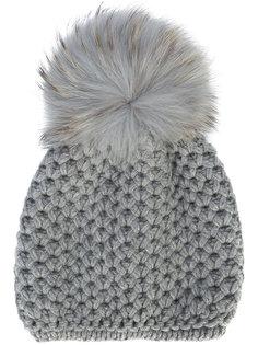 шапка ячеистой вязки с помпоном Inverni