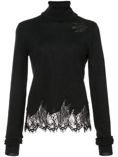 пуловер с отворотной горловиной и кружевной отделкой  Sally Lapointe