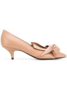 туфли с заостренным нсоком Nº21