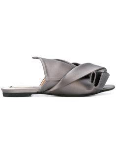 сандалии с узлом Nº21