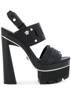 босоножки с ремешком на платформе Versace