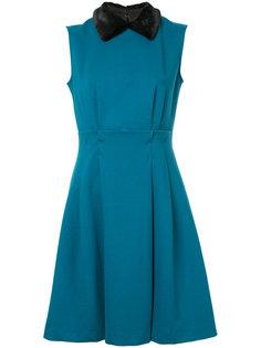 плиссированное платье с воротником  Loveless