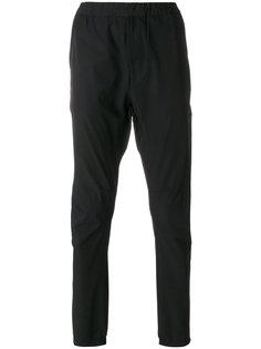 классические зауженные брюки Stone Island